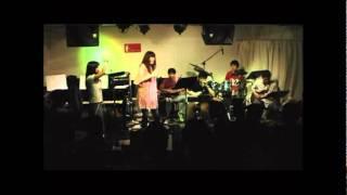 Vocal:Michiyo Ota Guitar:Junichi Hashimoto,Koji Yajima,Masahisa Yan...
