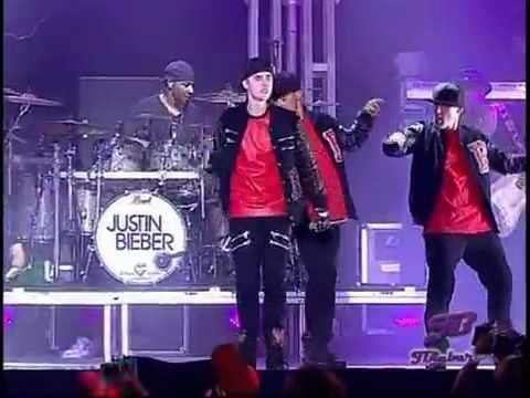 JUSTIN BIEBER - Baby concert live  2011