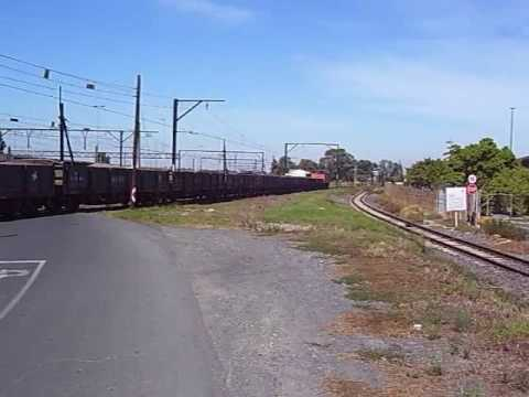 South African electric loco 6e pulling freight
