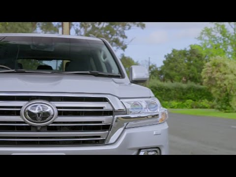 2016 Toyota Landcruiser Sahara Turbo Diesel review by CMI Toyota
