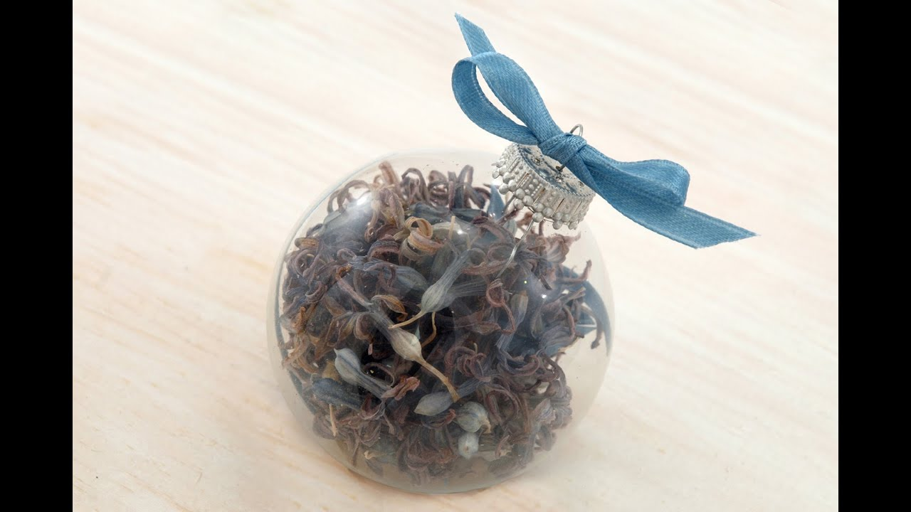 How-to Make a Dried-Flower Christmas Ornament - YouTube
