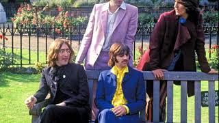 She came in through the bathroom window - The Beatles (LYRICS/LETRA) [Original]