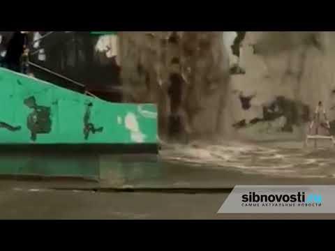 Новосибирск Водопад на вокзале