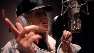 """Saweetie""""Back to the Streets"""" 