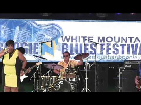 Nora Jean Wallace Live @ The White Mountain Boogie 8/19/12