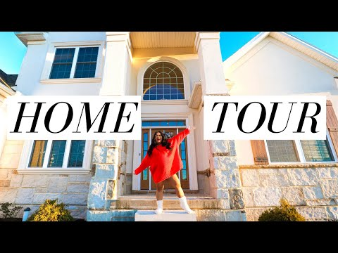 OUR OFFICIAL HOUSE TOUR *HOLIDAY EDITION*