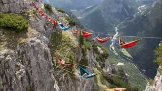 Amazing People slept on the Hammocks Hanging Hundreds of Feet in Italy