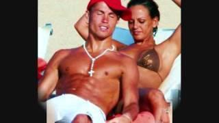 فضيحة كريستينو رونالدو علي الشاطئ Cristiano Ronaldo