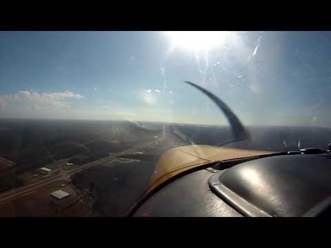 Piper Comanche Descent and Landing KPQL Pascagoula, Mississippi