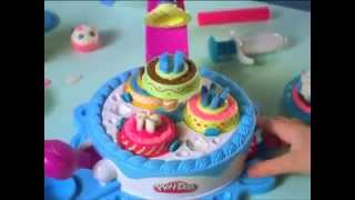 Пластилин Play Doh (Плей До)! Фабрика тортиков и Фабрика сладостей!(Пластилин... Сколько радости дарит он детям! Сколько забавных и интересных поделок можно вылепить с помощью..., 2014-08-27T10:37:21.000Z)
