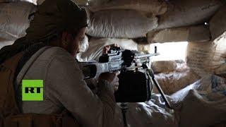 Combatientes rebeldes de Siria toman posiciones en primera línea