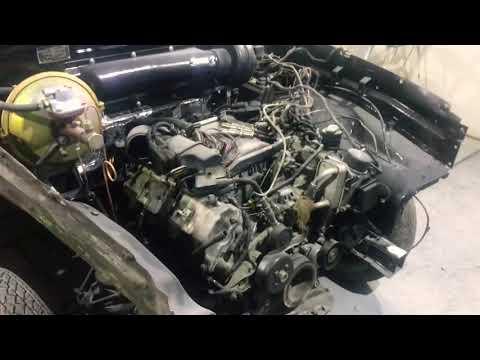 Волга с двигателем V6 Mercedes. RetroWorkRoom.