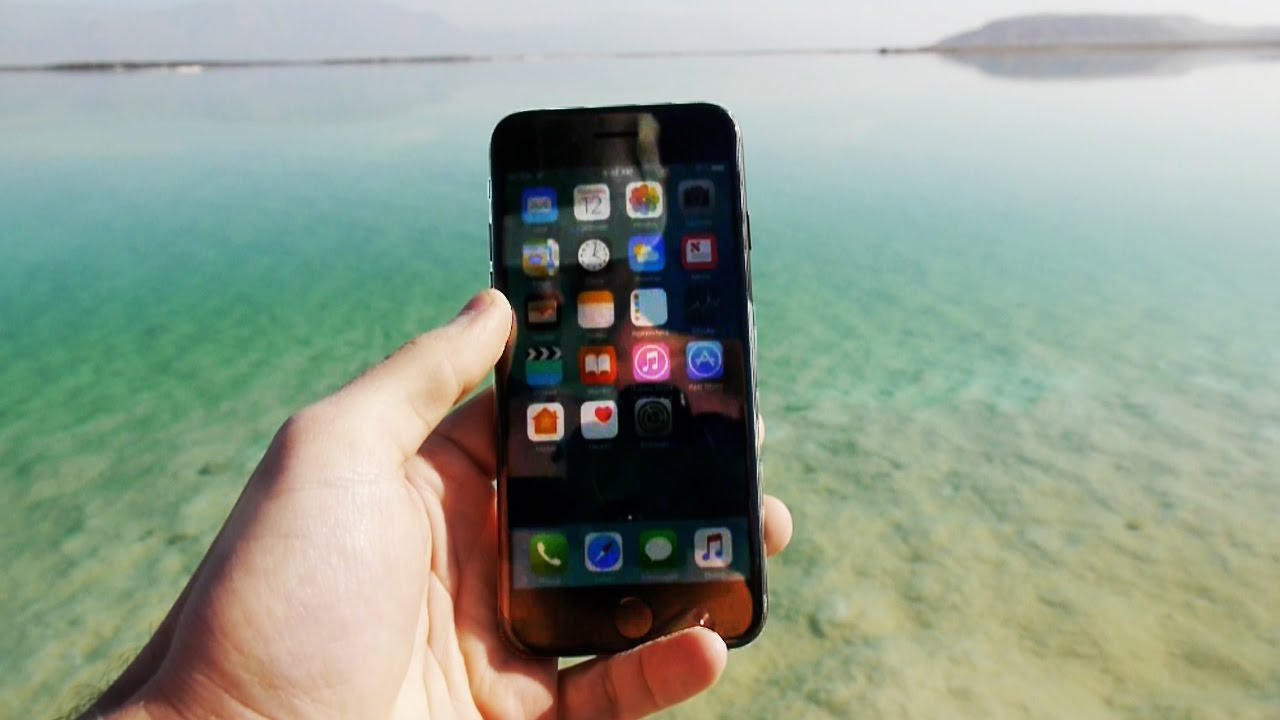 huge discount f005f 31efe iPhone 7 in Salty Dead Sea for 24 Hours - Will it Survive?
