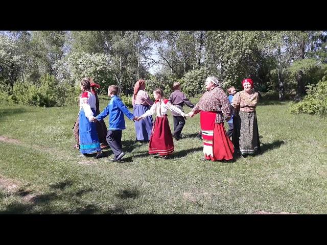 Обряд дарения косоворотки в исполнении жителей села Ефремкино (Хакасия)