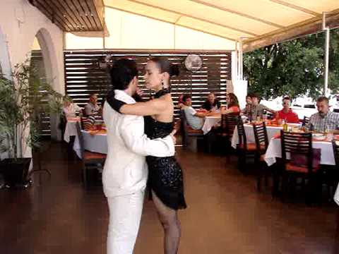 Tango en vivo en el Restaurante El Argentino (Parte 1 de 2)