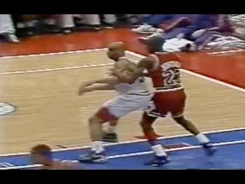Michael Jordan Defense on Charles Barkley - 1990 ECSF Game 4