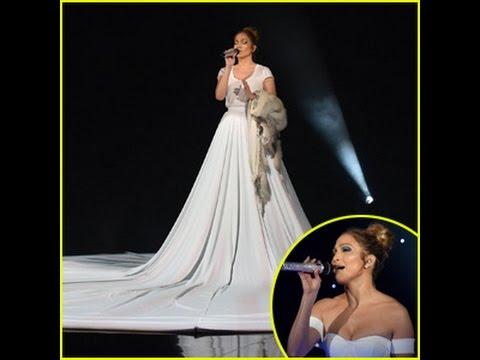 jennifer lopez dons biggest princess dress ever during 39 feel the light 39 performance 39 american. Black Bedroom Furniture Sets. Home Design Ideas