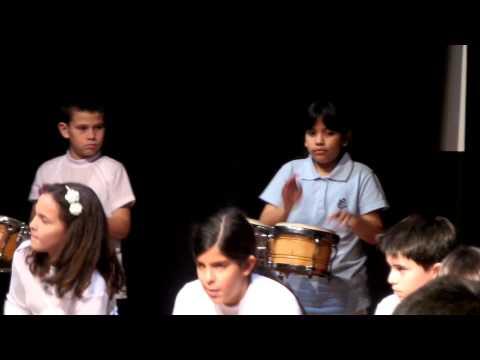 Taller de música colegio Hiram Bingham 06/2014