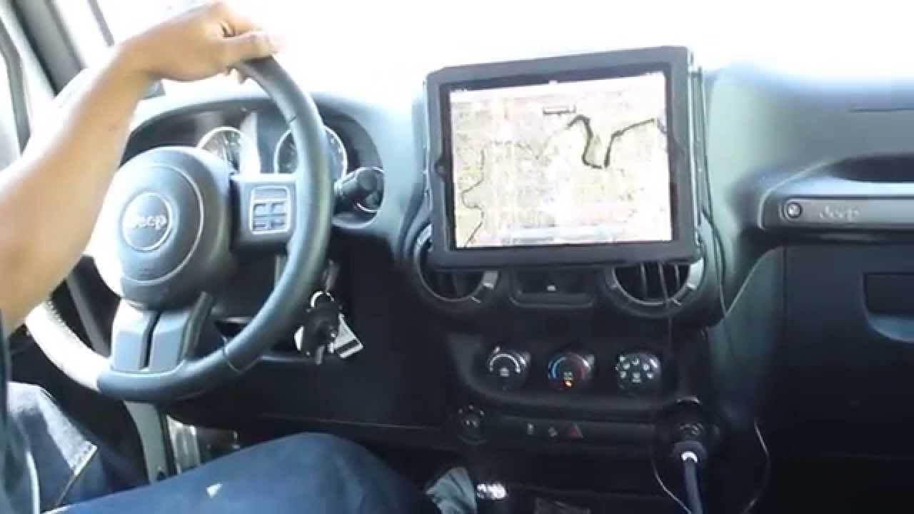 Long Video New iPad on Car Dash  Monti for Tablets in