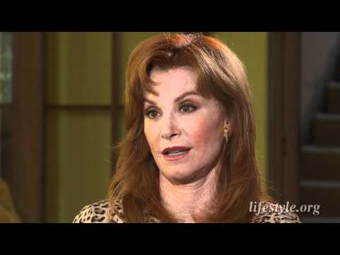 Stefanie Powers story about her mother - Interview with Ruta Lee for Lifestyle Magazine