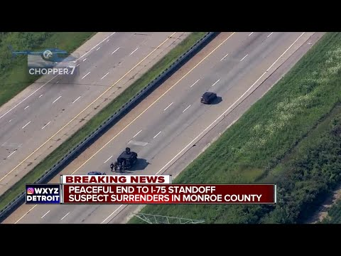 Standoff with gunman on I-75 in Monroe County ends
