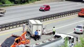 고속도로 2차사고 충격 영상!