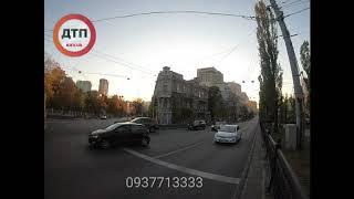 5 минут из жизни администратора ДТП. Киев  Присылайте Ваши фото и видео с дорог Киева и Украины, в д