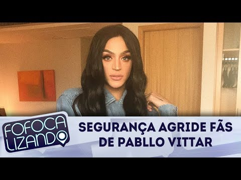 Segurança de Pabllo Vittar agride fãs da cantora durante carnaval   Fofocalizando (12/02/18)