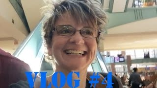 MOVING & NEW ADVENTURES VLOG #4 - DISNEY STORE