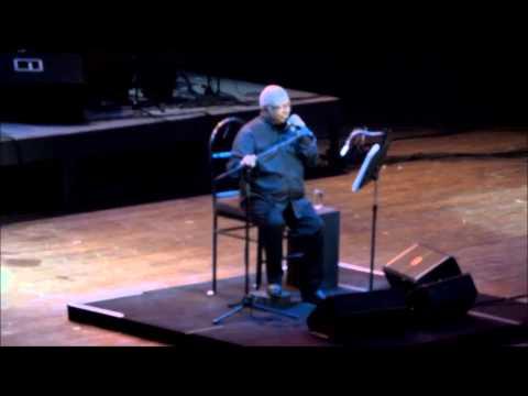 Pablo Milanes en Homenaje a Gabriel García Márquez en teatro Karl Marx