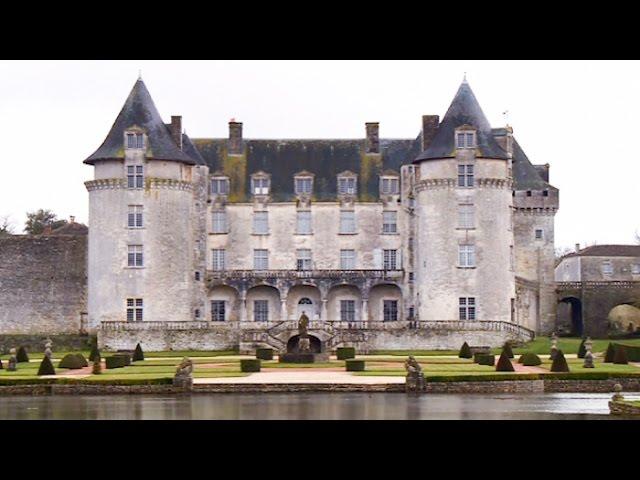 Patrimoine : le château charentais de la belle au bois dormant