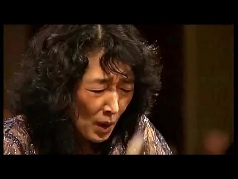 MITSUKO UCHIDA - Mozart Piano Concerto # 13 in C major  ~ Ca