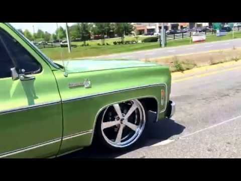 76 Chevy C10 changing lanes!
