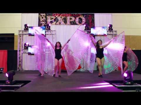 La Glitter Designers Quinceanera Expo Magazine 2015 | Alarcon Studios