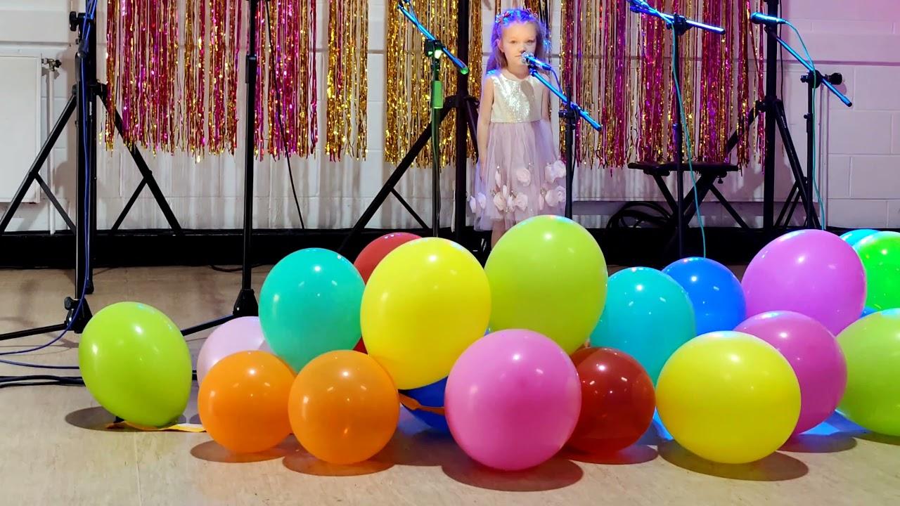 """Pepi Pop solistė Kornelia Zakrys (4 metai) – """"Lopšinė"""" Pelytes pasakaite"""