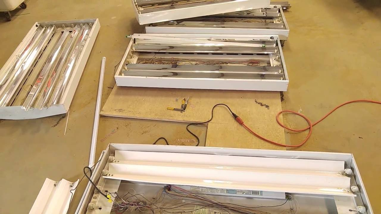 Howto   Modify A Fluorescent Light Fixture To Work With