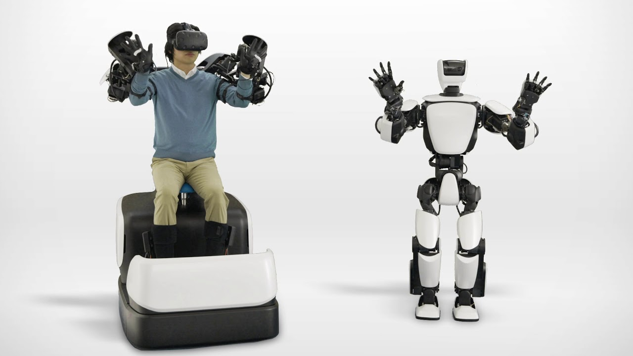 Toyota's T-HR3 Humanoid Robot Uses HTC Vive for Telepresence