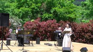 あしかがフラワーパークでの、佐藤一美オカリナファンタジーの演奏、第...