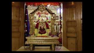 "Devotional Carnatic Krithi on Sri Mahalakshmi - ""Mahalakshmi Karuna Rasa"" (Muthuswami Dikshitar)"