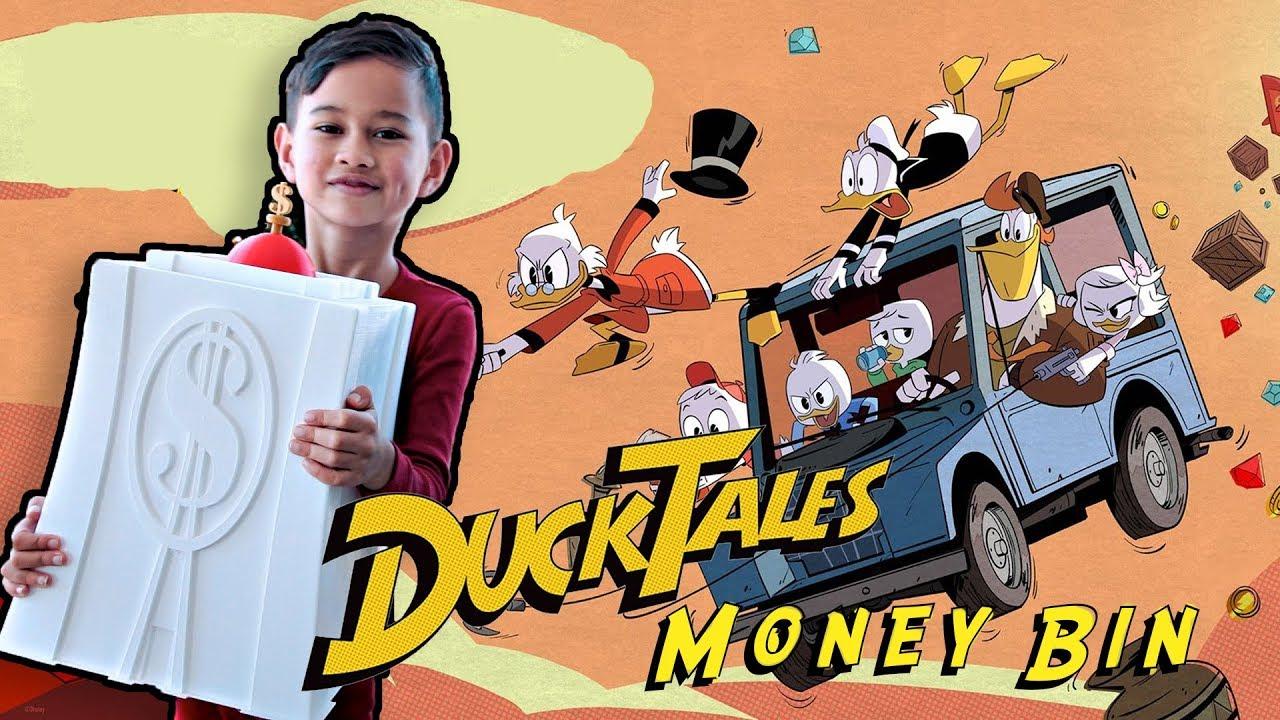 New Disney Classic Cartoon DuckTales Uncle Scrooge Figural Keyring Keychain
