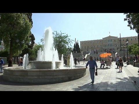 Greek economy back in recession - economy