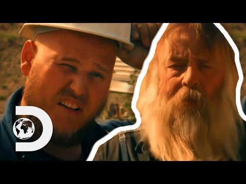 Mike Gets Frustrated That Tony Wants Things Done His Way | Season 10 | Gold Rush
