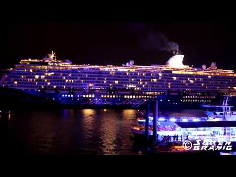 """Blue Port"" at the Hamburg Harbour [2015 Saturday complete Show]"