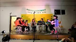 Muinterevlin Comhaltas Performing At Tobin