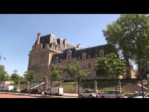 Le Palais du Louvre et Le Palace de Versailles, Paris