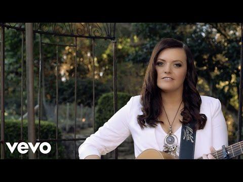 Angela Easson - Little Girl Dreams Mp3