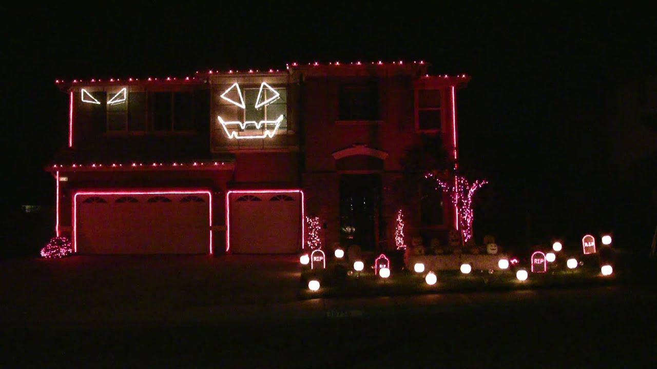 Halloween Light Show 2010 HD Thriller Michael Jackson YouTube - Michaels Christmas Lights