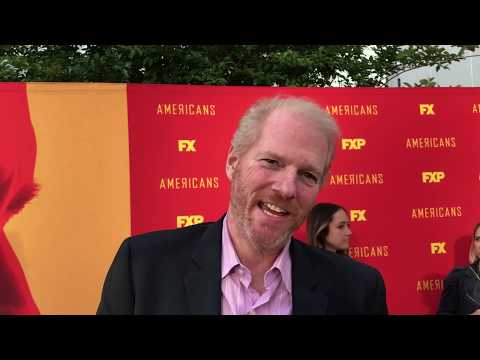 Noah Emmerich ('The Americans'): Secrets Of Sizzling Hot Series Finale On Hollywood Red Carpet