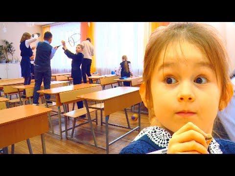 Юрий Иванович был в шоке, зайдя в класс...