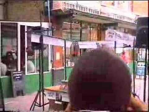 Komputer - Chirpy (Live on Spitalfields Market 2002)